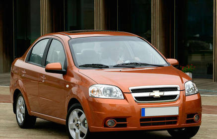 Slider_chevrolet-aveo_sedan_2006_1600x1200_wallpaper_05