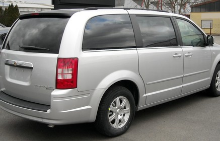 Slider_chrysler_grand_voyager_rear_20090201