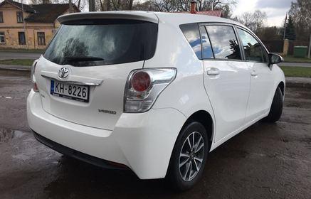 Toyota Rental Car W